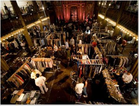 (Capsule) Trade Show 2009